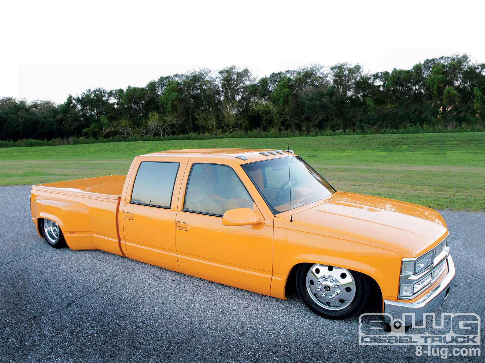 Look at this perfectly bangin truck you gonna trip out :)