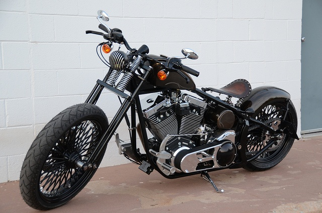 Look at this quite fine bike we get down with this piece!!