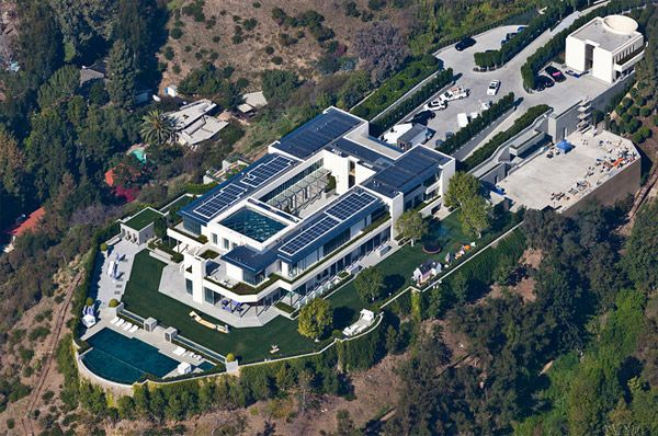 Look at this perfectly elite piece mansion my dad fell out :)