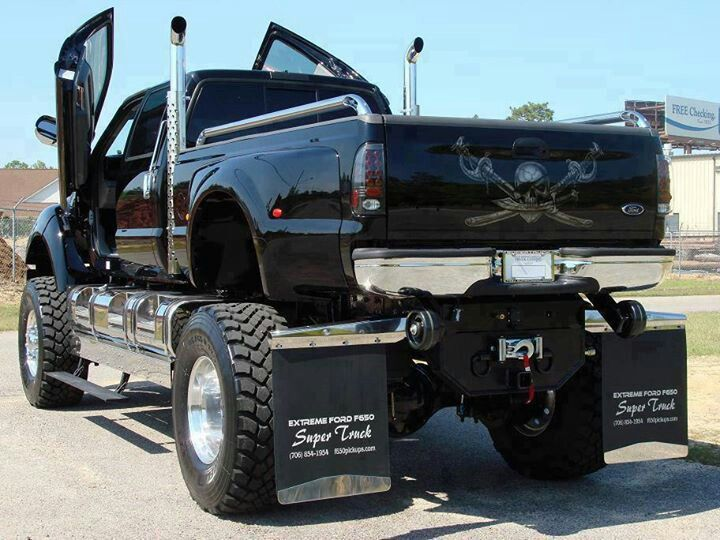 Peep out this fully juicy truck you gonna fall out!