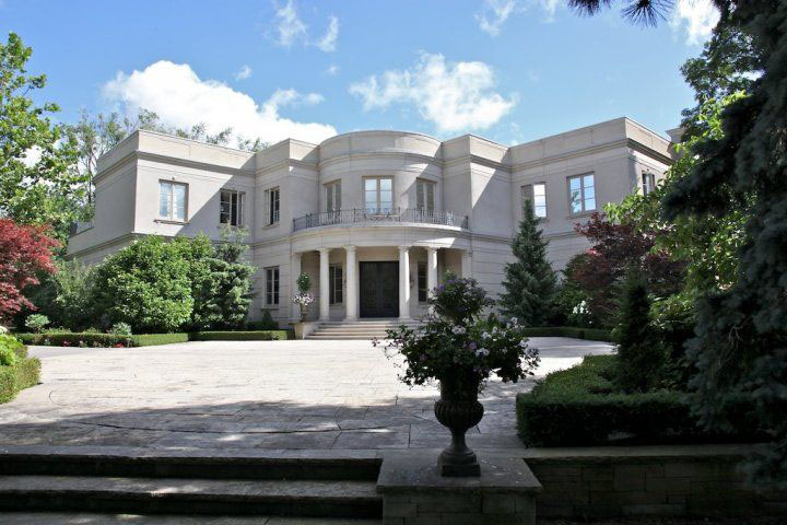 Pick up on this completely dope piece mansion my dad went nuts.