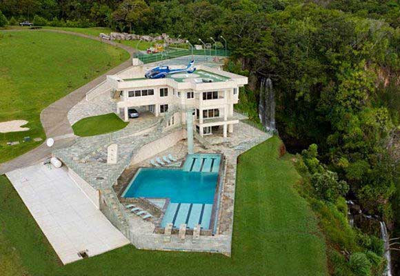 Get with this fully deep hizzy mansion my girl went nuts!!!!