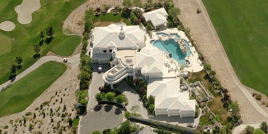 Get with this completely insane beast mansion my friend fell out!