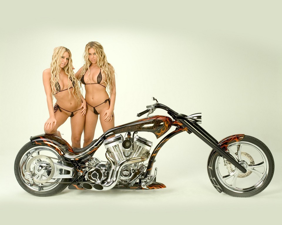 Checkout this absolutely cool bike we get down with this hizzy!
