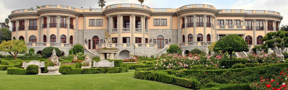 Lay your eyes on this perfectly smokin bad boy mansion my boy laughed!!!!