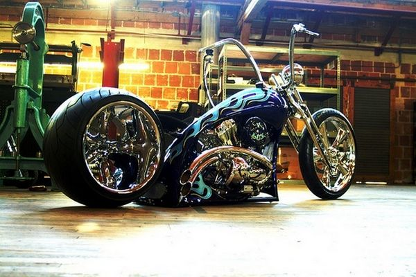 Checkout this completely fierce bike we go crazy for this bad mother.