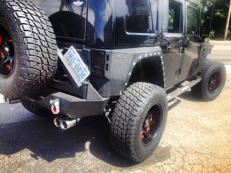 Look at this utterly fat jeep – you will go nuts!!