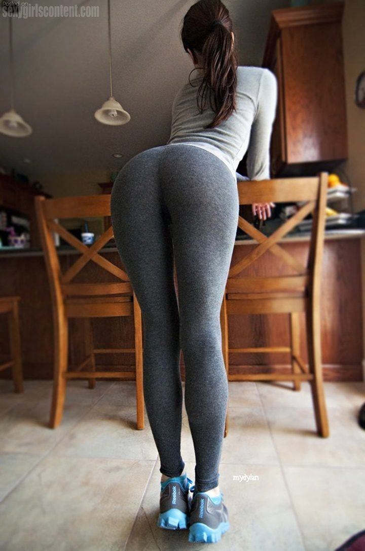 Eyeball this yoga pants wearing absolutely rad woman that we know you will adore.