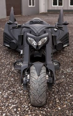 Peep out this bigtime amped bike we go crazy for this mother gripper :)