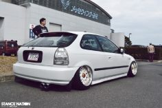 Look at this completely blazin civic you will love and laugh out loud!!!!