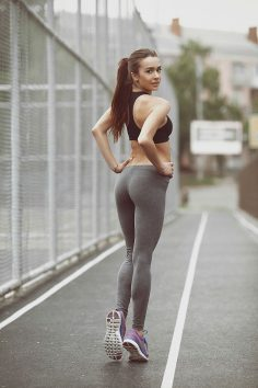 Look over this yoga pants wearing altoghether off the hook girl that we know you will tell all your friends about!!!!