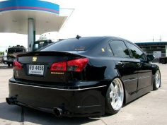 Look over this world class civic you will get down with and trip out!!!!