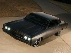 Peep out this utterly crazy chevelle you will love and go crazy.